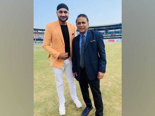 Harbhajan Singh with Sunil Gavaskar (Photo/ Harbhajan Singh Twitter)