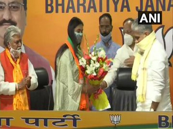 Shooter Shreyasi Singh, daughter of ex-union minister joins BJP. Photo/ANI