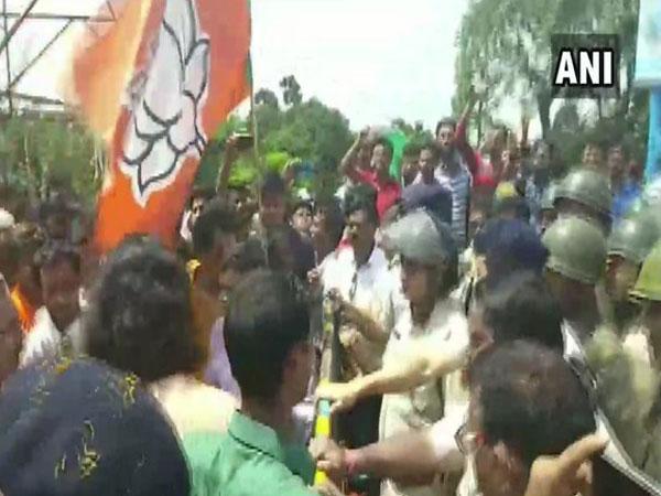 Visuals of the clash  near Gangarampur in South Dakshin, West Bengal.