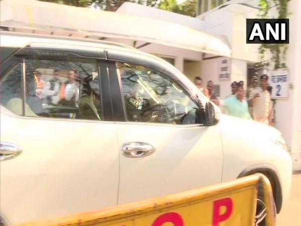 BJP on way to the Raj Bhawan to meet Governor Lalji Tandon on Tuesday. Photo/ANI