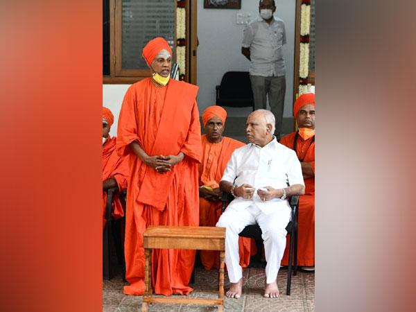 Karnataka Chief Minister BS Yediyurappa meeting with seers. (File Photo/ANI)