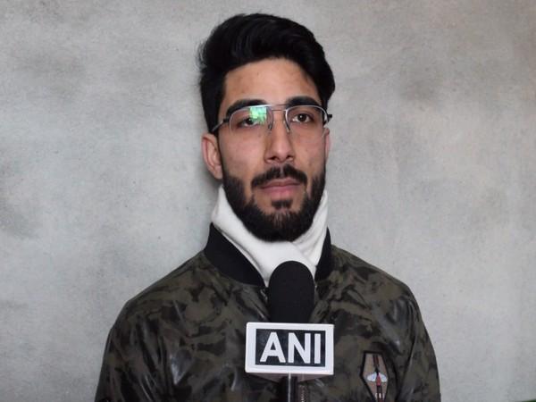 Farhan Majeed,  youngest Kashmiri qualified Pilot