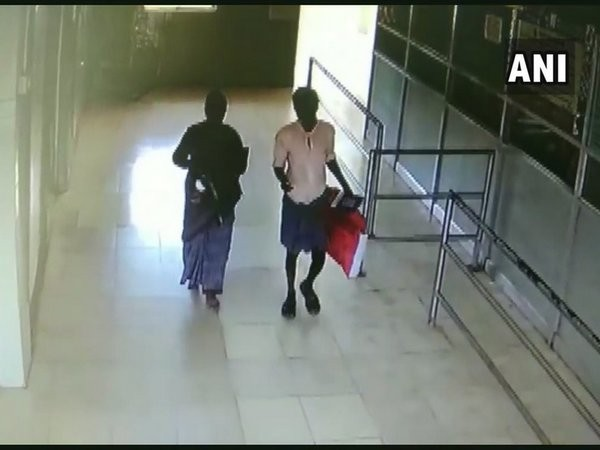 A CCTV footage showing a woman who lifted the child from Pollachi government hospital on May 5. Photo/ANI