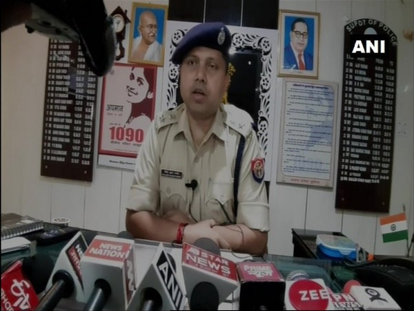 Shailesh Kumar, Baghpat Superintendent of Police, speaking to media persons. (Photo/ANI)