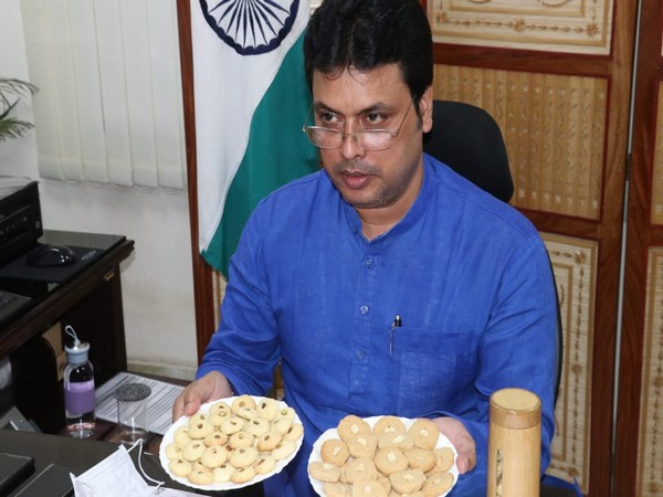 Tripura Chief Minister Biplab Kumar Deb launched bamboo cookies and bamboo made honey bottle on World Bamboo Day. (Photo: Biplab Deb Twitter)