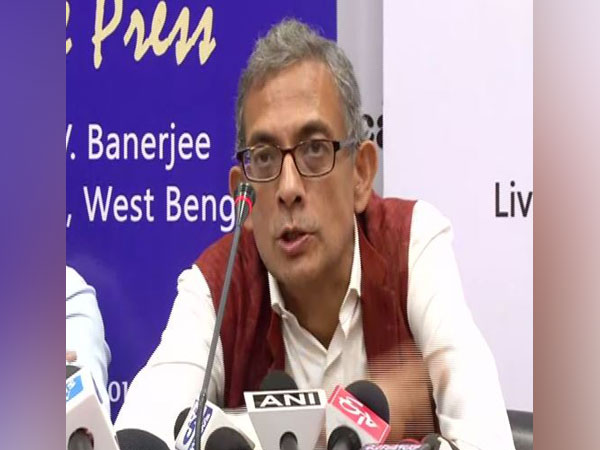 Nobel laureate Prof Abhijit Banerjee addressing a press conference in New Delhi on Tuesday. Photo/ANI
