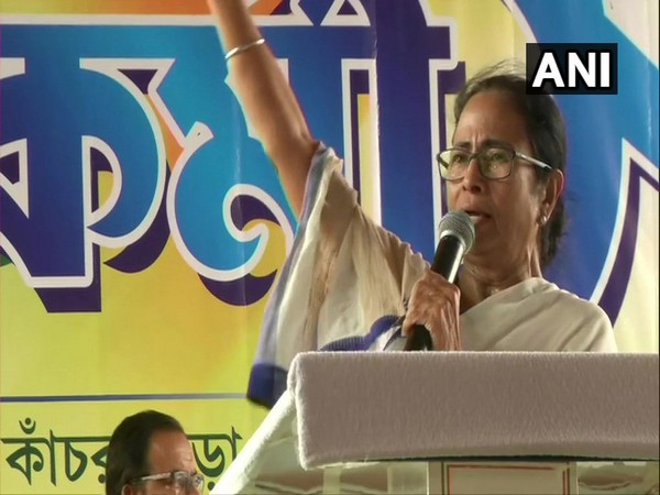 West Bengal CM Mamata Banerjee addressing TMC party workers in Kanchrapara on Friday.