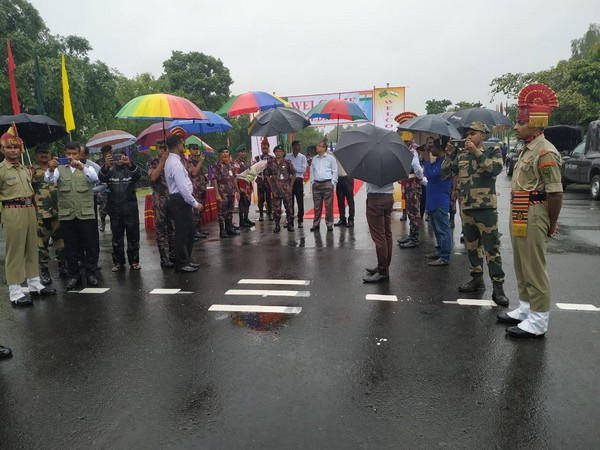 An Indian media delegation reached Bangladesh's border district of Phulbari Upazila on Sunday to study border management strategies. Photo/ANI