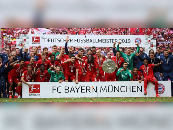 Bayern Munich lifts seventh consecutive Bundesliga title after defeating Eintracht Frankfurt on Saturday. (Photo/ FCBayern Twitter)