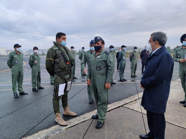 Air Chief Marshal RKS Bhadauria visit Rafale Conversion Training Center (CTC), Bordeaux- Merignac and interacted with the IAF contingent at the CTC facility (Twitter/Indian Air Force)
