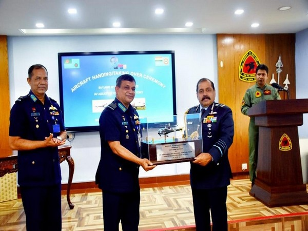 Indian Air Force Chief RKS Bhadauria gifting Alouette III helicopter to Bangladesh Air Force (Twitter)