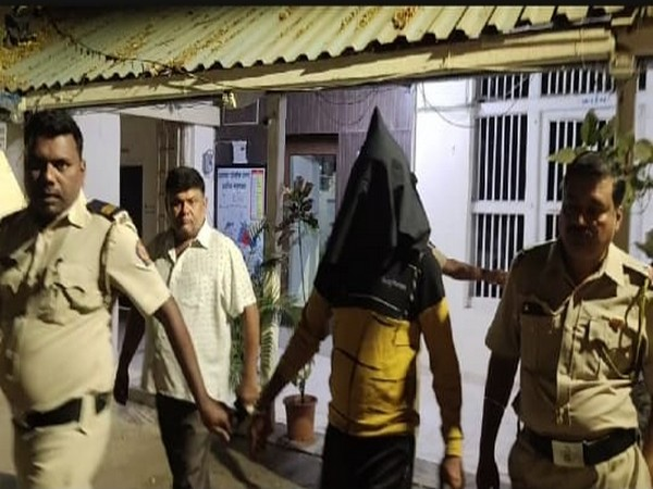 The accused, Bhairon Singh Rathor, being arrested by police in Palghar, Maharashtra on Friday. Photo/ANI