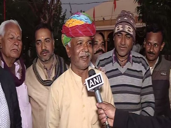Bhajan Singer Munna Master talking to ANI in Jaipur on Sunday. Photo/ANI