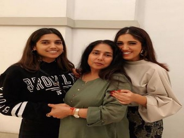 Bhumi Pednekar wishes her mom on this special day