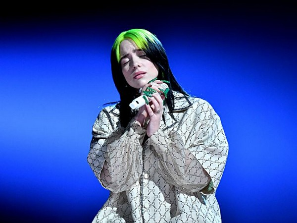 Billie Eilish gives a soulful performance at the 62nd annual Grammy awards (Image courtesy: Twitter)