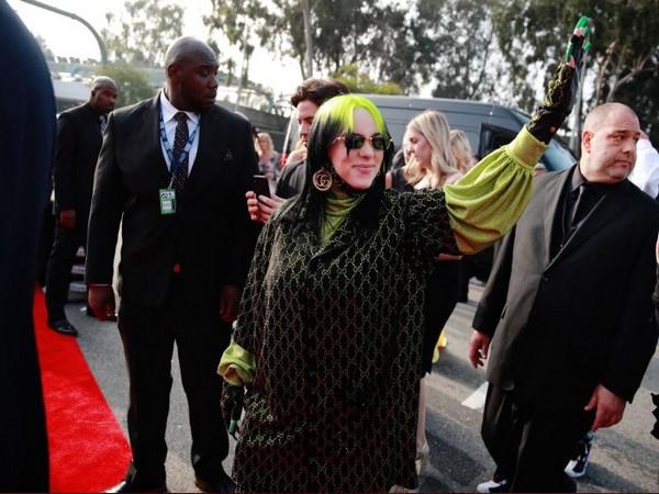 Billie Eilish stuns in green in Grammy 2020 red carpet