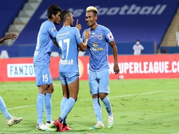 Bipin Singh celebrates his third goal with his teammates (Image: ISL)
