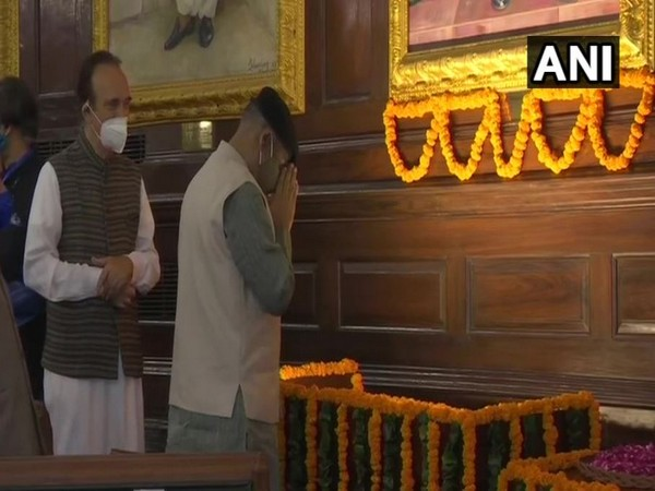 Lok Sabha Speaker, Om Birla paid floral tribute to India's first Prime Minister of India, Jawaharlal Nehru in the Central Hall of Parliament.