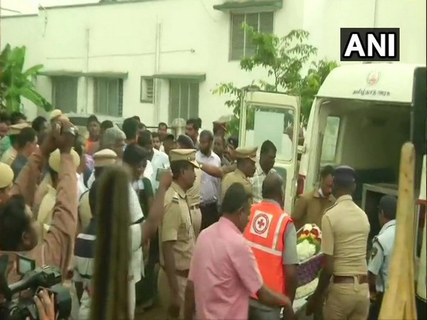 Two-year-old toddler's body being taken to his residence in Nadukattupatti on Tuesday morning. (Photo/ANI)