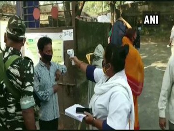 Visuals from a polling booth in Bokaro, Jharkhand on Tuesday. Photo/ANI