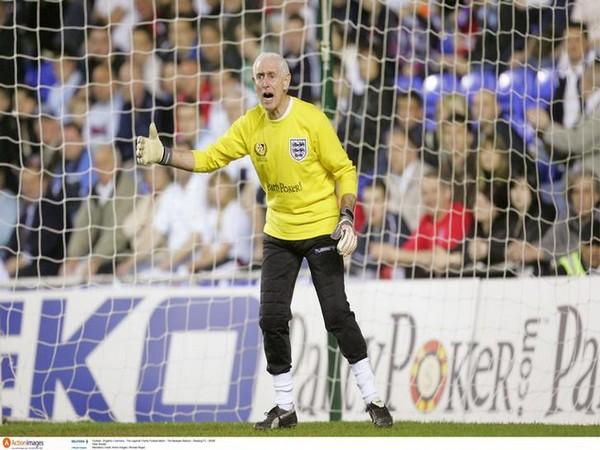 Former England and Chelsea goalkeeper Peter Bonetti