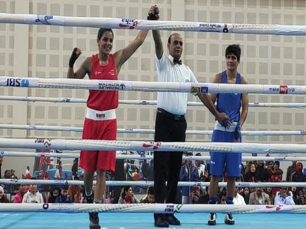 Indian boxer Sakhi Chaudhary (in red) (Photo/Boxing Federation Twitter))