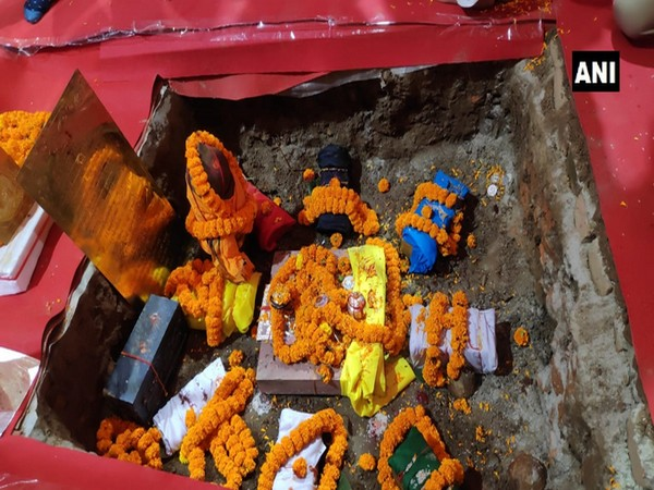 Bricks laid down as part of bhoomi-pujan at Ram temple site in Ayodhya on Wednesday. [Photo/ANI]
