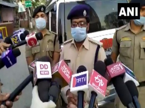 Superintendent of Police, Upendra Nath Verma speaking to reporters. Photo/ANI