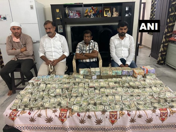ACB officials laid a trap and caught Nagaraju red-handed while taking bribe. (Photo/ANI)