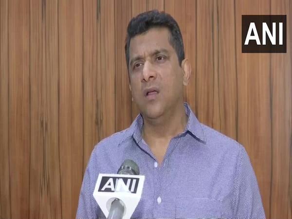 Maharashtra Minister Aslam Sheikh speaking to ANI in Mumbai on Thursday. [Photo/ANI]