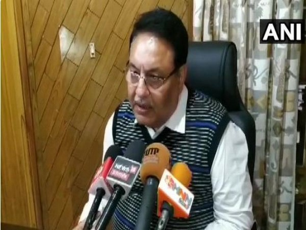 CBI advocate Sandeep Tondon speaking to media persons about developments in a horse trading case against Harish Rawat. (Photo/ANI)