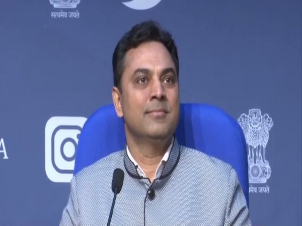 Chief Economic Advisor Krishnamurthy Subramanian addressing a press conference in New Delhi on Friday. Photo/ANI