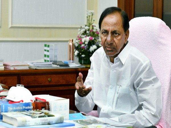 Telangana CM paid condolences to Sahitya Akademi awardee Devi Priya on Saturday.  (File photo)