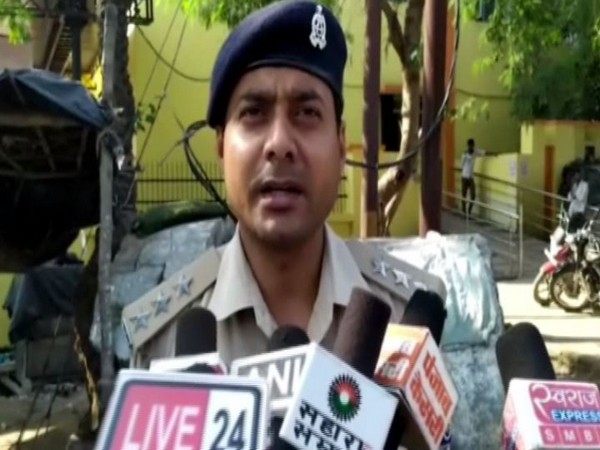 Circle Officer Raghvendra Singh speaking to media persons on Friday. Photo/ANI