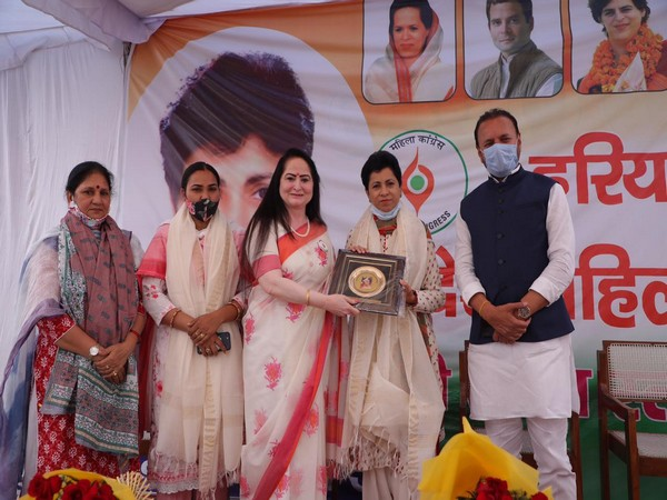 Haryana Pradesh Congress Committee's President, Kumari Selja (second from right) (Photo/ANI)