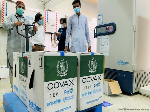 On Friday, over 100,000 Pfizer vaccines reached Pakistan. (Photo Credit: Unicef Pakistan Twitter)