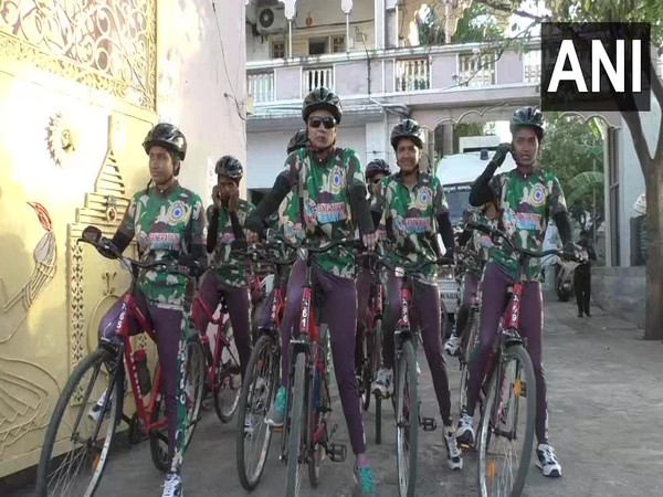 CRPF women personnel participates in cycle rally. Photo/ANI