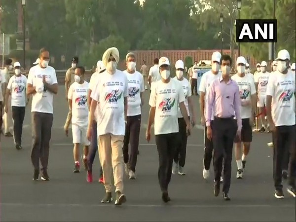 CRPF personnel running under Fit India Freedom Run at Rajpath (Photo/ANI)
