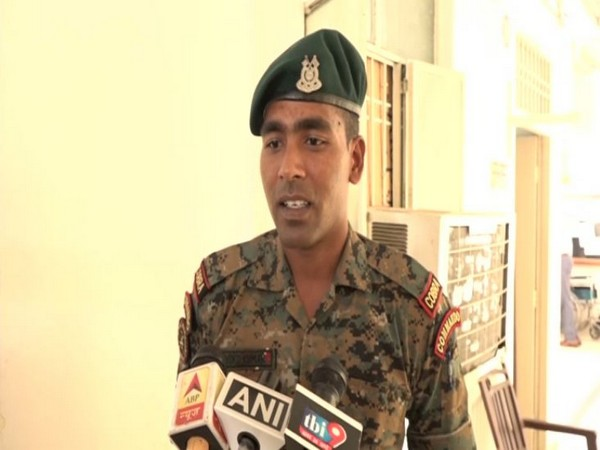 CRPF constable Arvind Kumar speaking to reporters in Agra, Uttar Pradesh on Thrusday. Photo/ANI