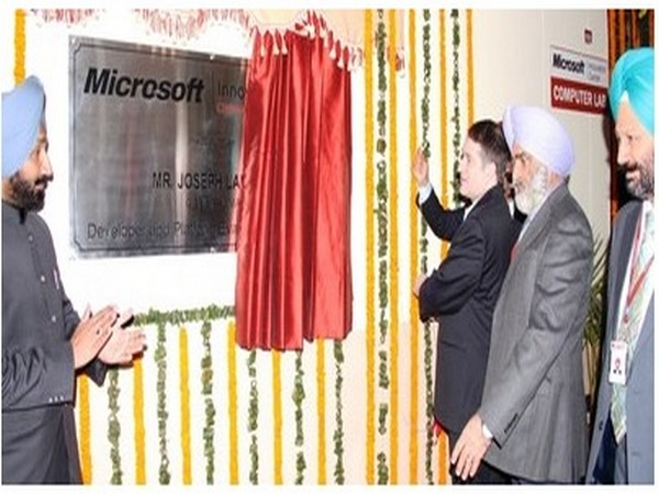 Microsoft, General Manager, India, Joseph Landes inaugurating state-of-the-art Research technology facility at Chandigarh University