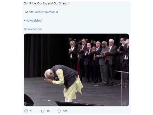 Netizens thronged the micro-blogging site, Twitter, showcasing their excitement for the Howdy Modi! event. (Photo/Twitter)