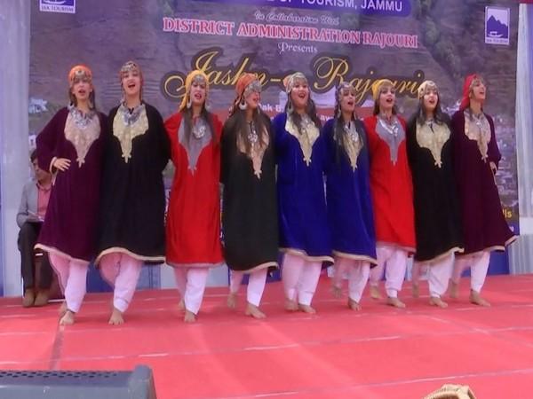 Kashmiri artists performing during 'Jashn-E-Rajouri' on Sunday. [Photo/ANI]