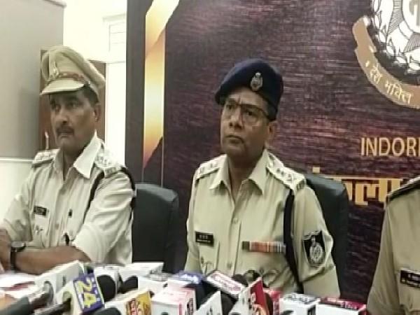 Mahesh Chandra Jain, Superintendant of Police, Indore (Centre) (Photo/ANI)