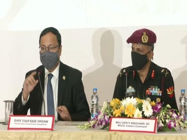 Toufique Hasan, Bangladesh Deputy High Commissioner, with  Major General V Sreehari, SC, MGGS, Eastern Command.