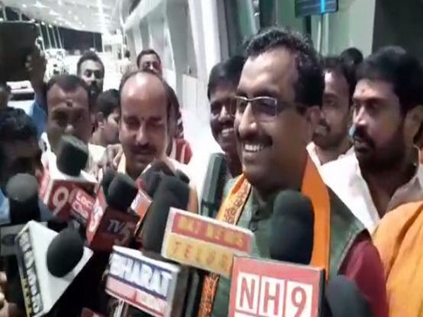 BJP national general secretary Ram Madhav while addressing the reporters on Friday. (Photo/ANI)