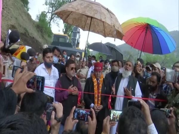 District Development Commissioner Rajouri, Rajesh K Shavan kickstarts double- lanning work on Rajouri- Thanamandi- Surankote Road