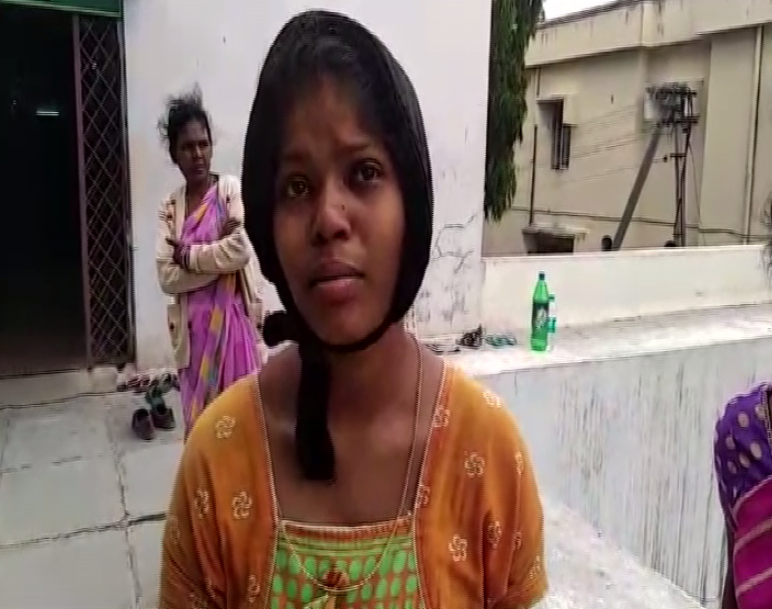 The woman who is struggling to get her baby girl back from hospital authority's custody (Photo/ANI)