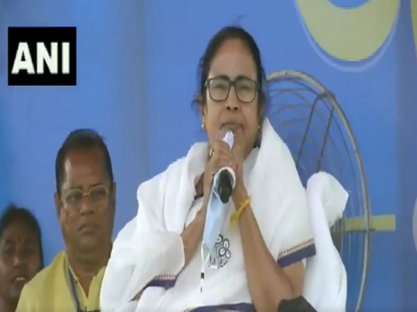 West Bengal Chief Minister Mamata Banerjee in Paschim Medinipur (Photo/ANI)