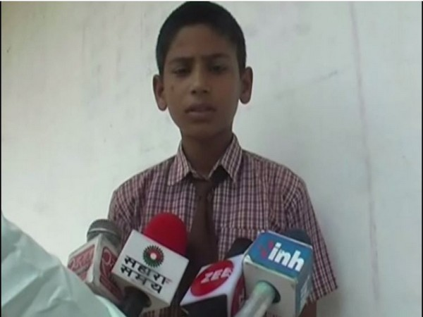 A student who was punished by the teacher speaking to media. Photo/ANI