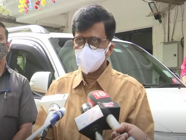 Shiv Sena leader Sanjay Raut speaking to the reporters (Photo/ANI)